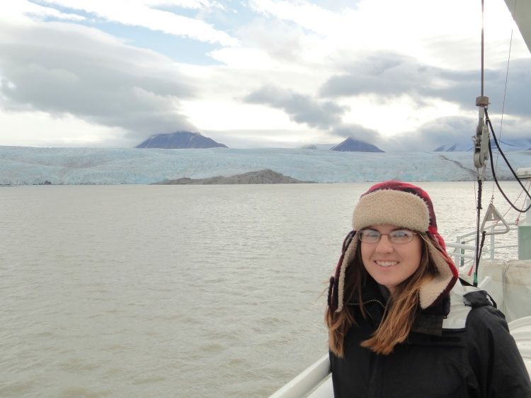 me-with-glacier-from-ship
