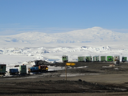 scott-base-vehicles-pressure-ridges-antarctica