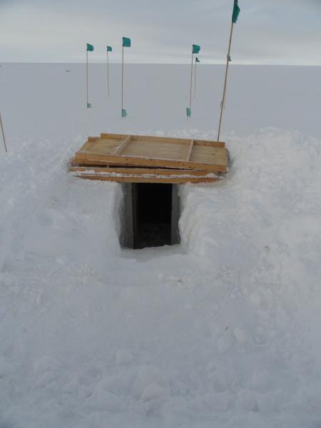 byrd-station-antarctica-freezer-cave-entrance