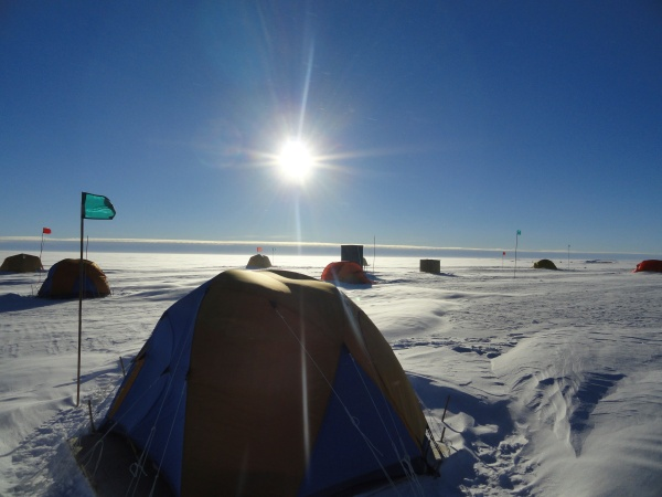 byrd-station-antarctica-mountain-tent-city-midnight-sun-
