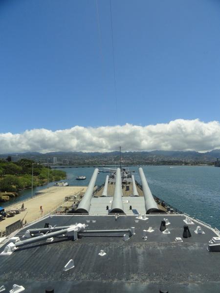 upper-deck-battleship-missouri