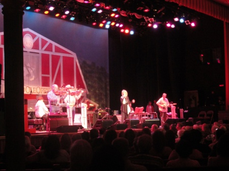 grand-ole-opry-good-ole-country