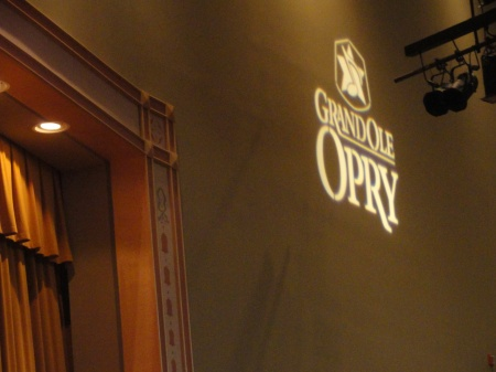 grand-ole-opry-nashville