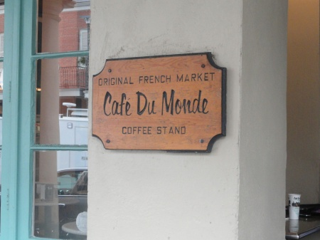 new-orleans-cafe-du-monde