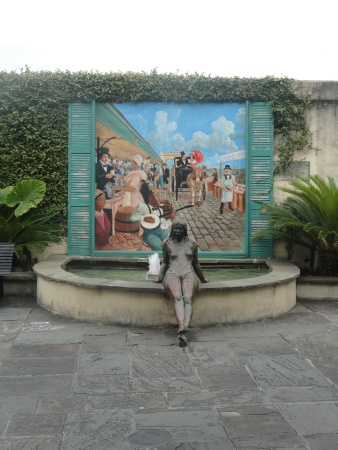 new-orleans-street-sculpture-fountain