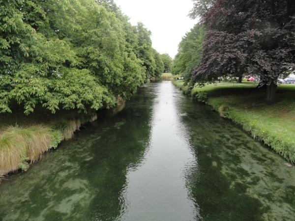 christchurch-avon-river
