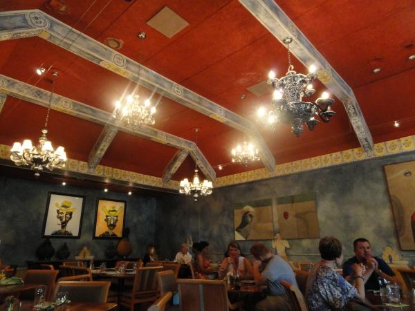 fonda-san-miguel-dining-room