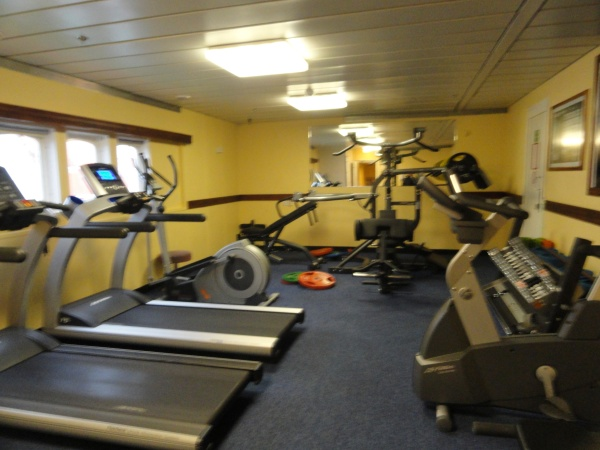 ms-expedition-ship-fitness-center-gym