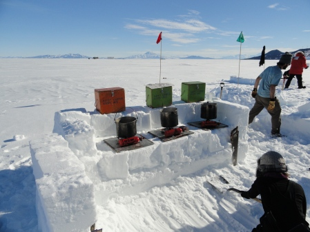 snow-kitchen-antarctica