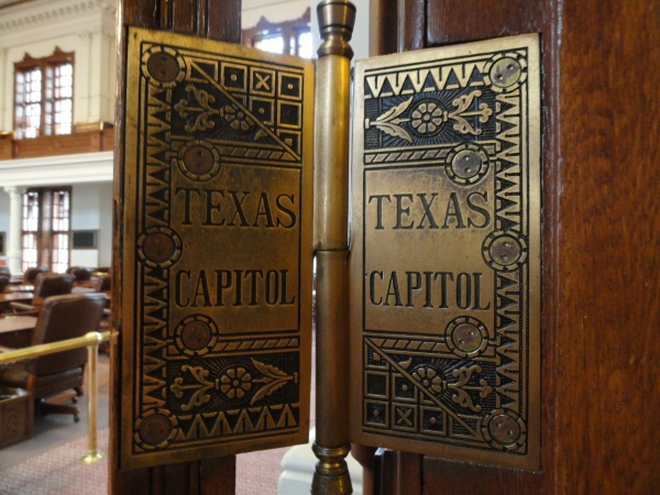 texas-capital-accent