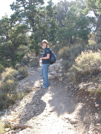 clare-grand-canyon-hike