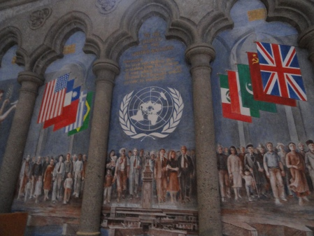 grace-cathedral-UN-mural