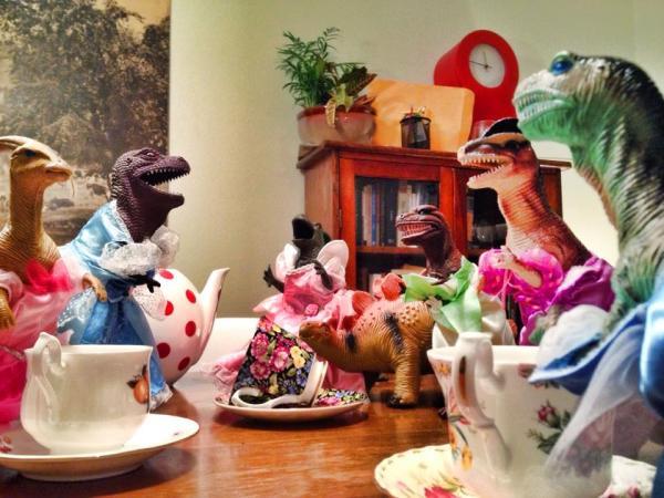 dinovember-tea-party