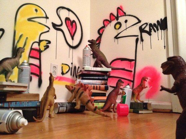dinovember-wall-spraypaint