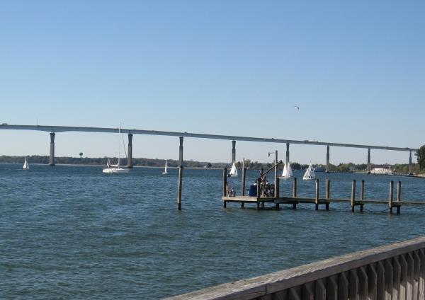 solomons-sailboats-bridge