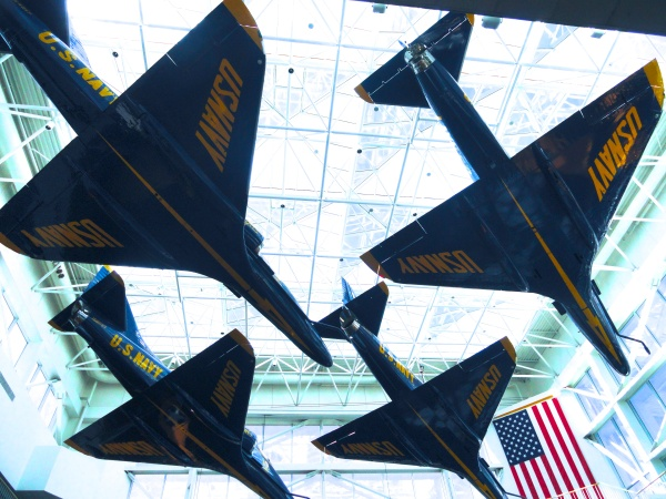 blue-angels-museum-formation