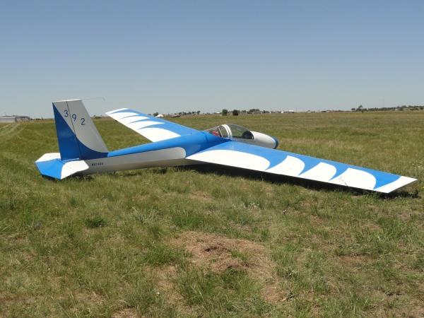 blue-white-glider-fault-line-flyers