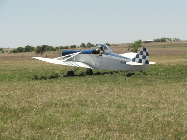 crop-duster-tow-plane