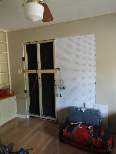 secret-door-closed-inside