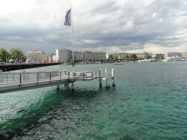 blue-water-lake-geneva-switzerland