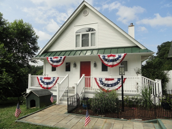 independence-day-bunting-decorations