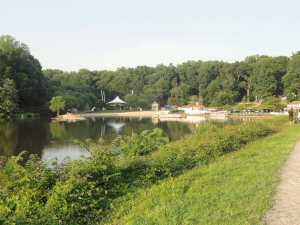 lake-accotink-rec-center