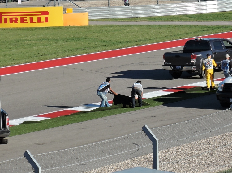 astro-turf-fail-circuit-of-the-americas