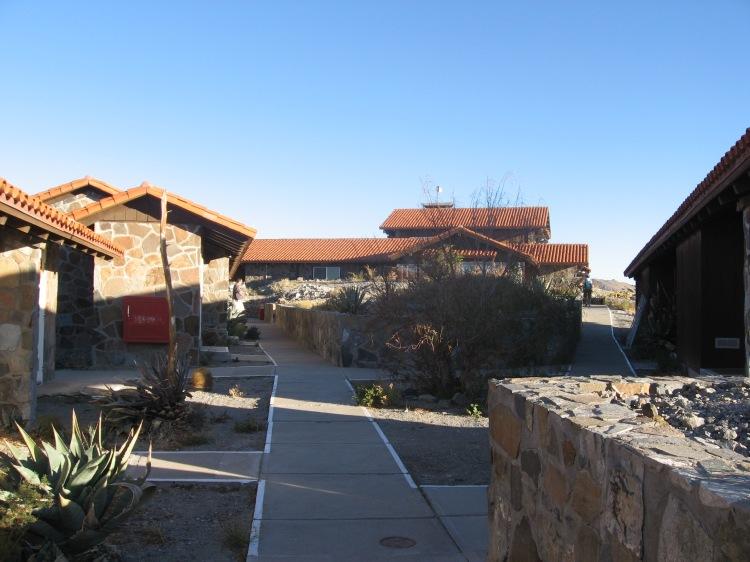 las-campanas-observatory-housing
