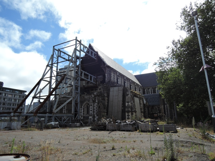 christchurch-cathedral-ruins-2015