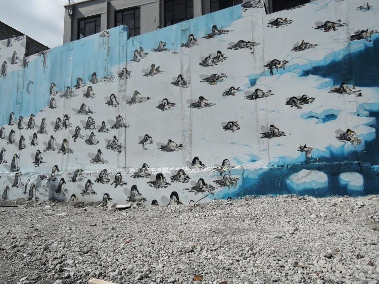 christchurch-new-zealand-global-warming-penguin-mural